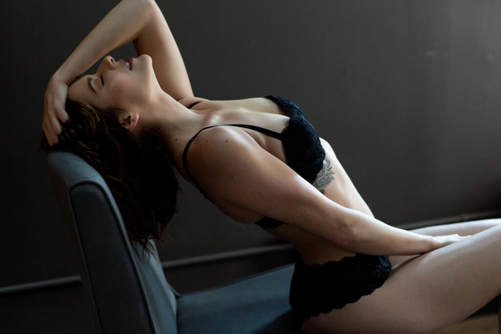 Portland-Boudoir-Studio-Photos-Sexy-05