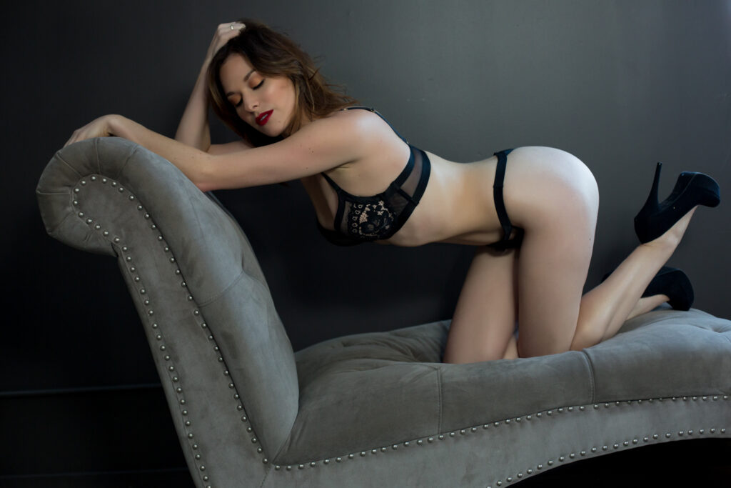 Portland-Boudoir-Studio-Photos-Sexy-11